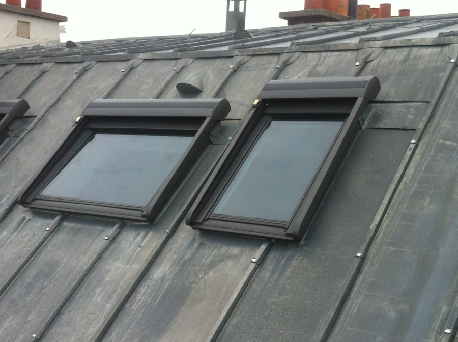 chassis de toit velux elegant de toit velux type de toit uagrave ouverture with chassis de toit. Black Bedroom Furniture Sets. Home Design Ideas